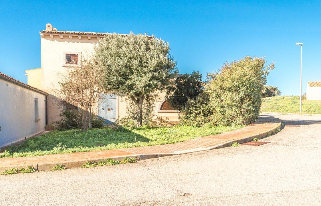 001_sardinia_villa_portoPollo